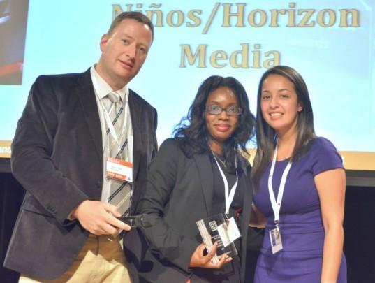 Oury Tamboura, Horizon Media receiving the Award.