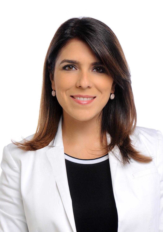 daniela-chaparro-vegas-official